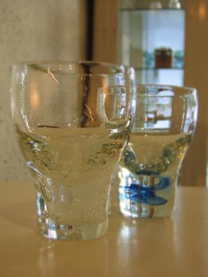 日月(よなはらみよ 作)のガラスが届きました!_b0141685_1745184.jpg