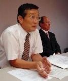 民主県連、副市長告発へ!_e0128391_2241287.jpg