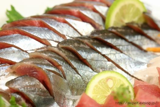 秋刀魚のお刺身2009♪_c0134734_1145024.jpg