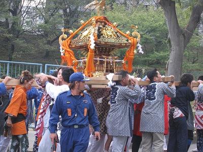 お祭り_a0126379_1654118.jpg