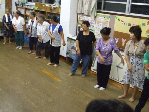 八月踊り(ヨーハシ)_e0028387_2334197.jpg