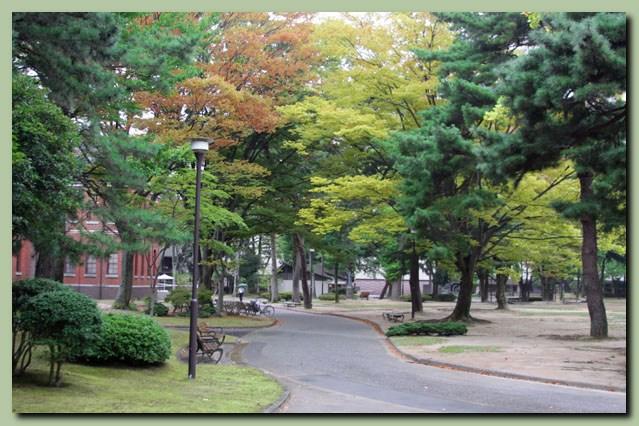 中央公園~金沢城公園~21世紀美術館_f0079990_994338.jpg