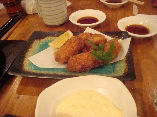一日中チビ達に遊んでもらって海鮮丼を食べて、_d0100880_11125299.jpg