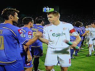 フィオレンティーナ×リバプール UEFAチャンピオンズリーグ 09-10グループリーグ_c0025217_1252338.jpg