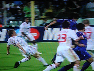 フィオレンティーナ×リバプール UEFAチャンピオンズリーグ 09-10グループリーグ_c0025217_12531368.jpg