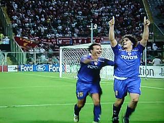 フィオレンティーナ×リバプール UEFAチャンピオンズリーグ 09-10グループリーグ_c0025217_1253166.jpg