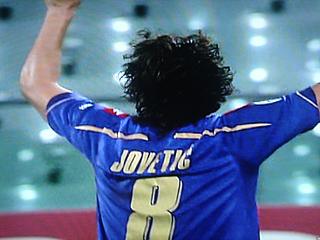 フィオレンティーナ×リバプール UEFAチャンピオンズリーグ 09-10グループリーグ_c0025217_12532664.jpg