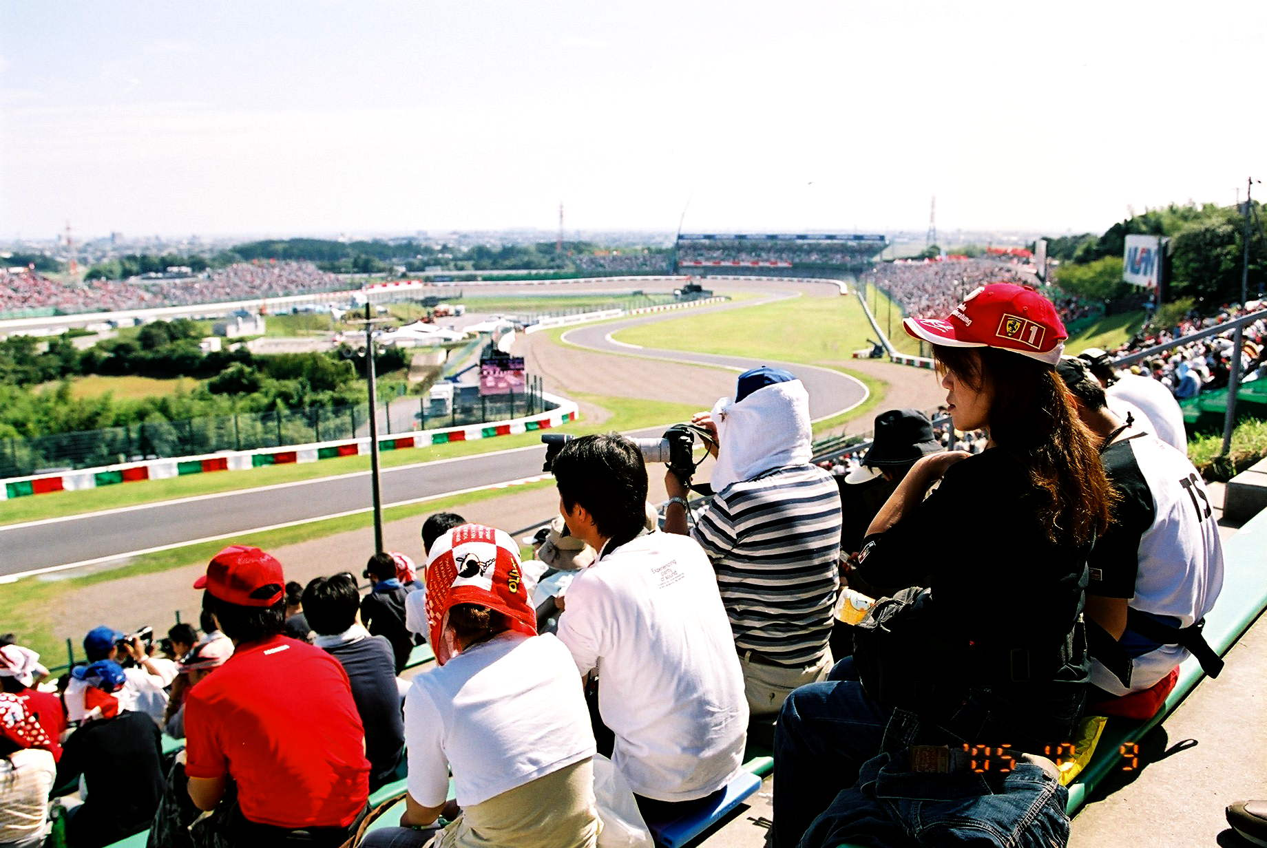 F1グランプリ鈴鹿復活2009 04[F1 2005 in 鈴鹿写真撮影編]_b0157849_23204462.jpg