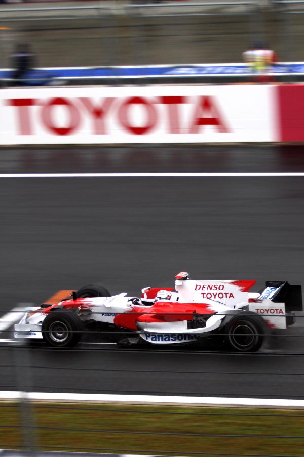 F1グランプリ鈴鹿復活2009 01[F1 2008in富士スピードウェイ写真撮影編]_b0157849_8465116.jpg