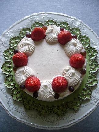ラデュレの雰囲気がするケーキ。_e0078359_14162529.jpg