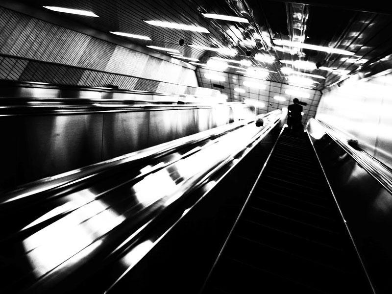 地下鉄にて_e0004009_0312453.jpg