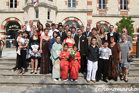 みんなで着物! フランスの結婚式_c0024345_5211789.jpg