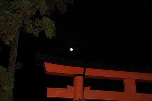上賀茂神社ー観月祭_e0048413_23543351.jpg