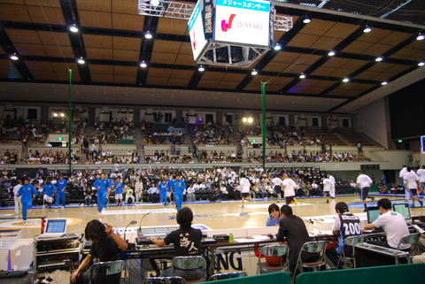 BJリーグ京都で開幕。_e0170538_21521184.jpg