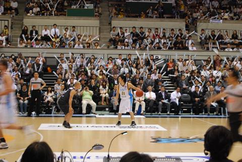 BJリーグ京都で開幕。_e0170538_2153823.jpg