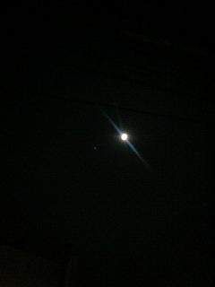 満月_a0075684_2330375.jpg