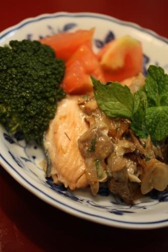 鮭マヨ_c0118352_7281535.jpg