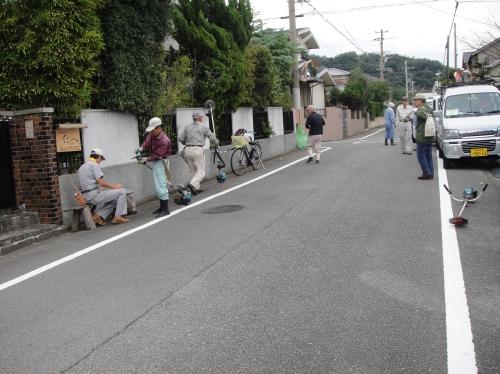 みさき公園住宅地の草刈り事業第2日_c0108460_1619416.jpg
