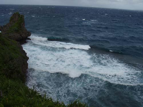 10月6日今夜ついに最接近台風18号!!_c0070933_18351311.jpg