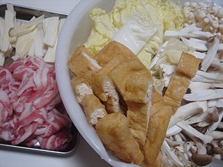 豚きのこ鍋_c0025217_224296.jpg