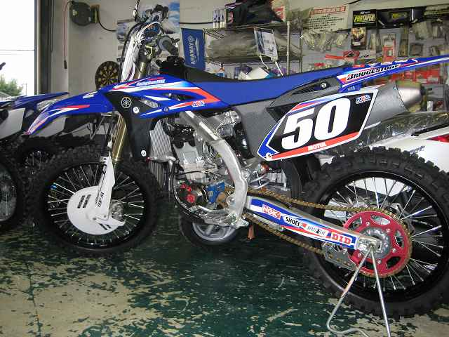 2010 YZ250F デカール。_f0200580_19424879.jpg