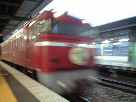 青い列車へ 1_b0005281_2203291.jpg