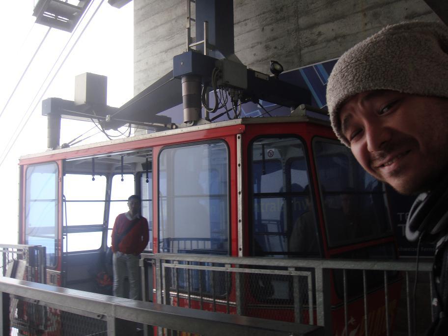 山の Mr. up to Pilatus Mt._e0097491_23531315.jpg