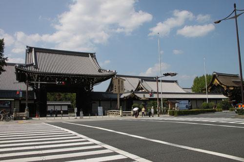 西本願寺 御影堂_e0048413_2146227.jpg
