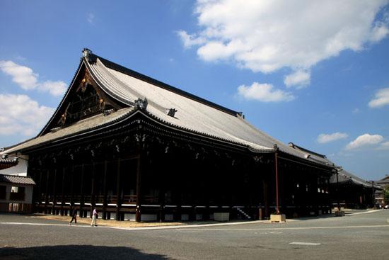 西本願寺 御影堂_e0048413_21462691.jpg