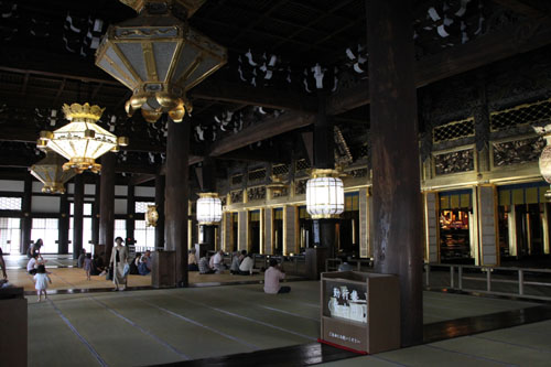 西本願寺 御影堂_e0048413_21472636.jpg