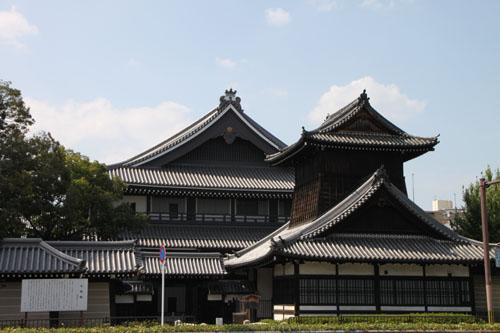 西本願寺 御影堂_e0048413_21473733.jpg