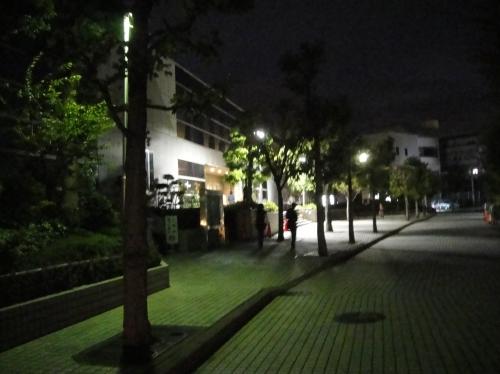 「ゆれる車の音」 by 文学座公演_c0108460_22385728.jpg