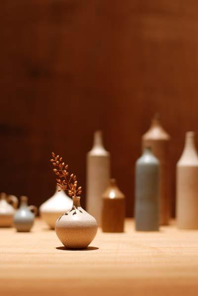 2009.10.8             陶芸作家 和田麻美子さんの陶器が入荷しました_e0192609_053488.jpg