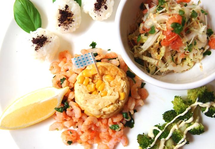 スモークサーモンと白菜のさっぱりサラダとワンプレートランチ☆_d0104926_1581630.jpg