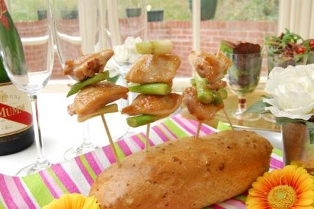 スモークサーモンと白菜のさっぱりサラダとワンプレートランチ☆_d0104926_1594443.jpg