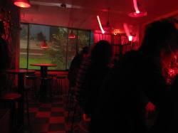「赤い」、お気に入りの場所・・・。_d0091909_16364615.jpg