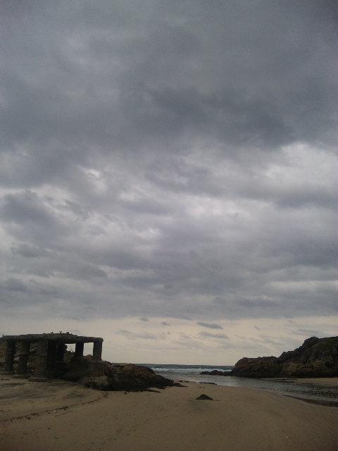 台風後のビーチ_b0181141_09289.jpg