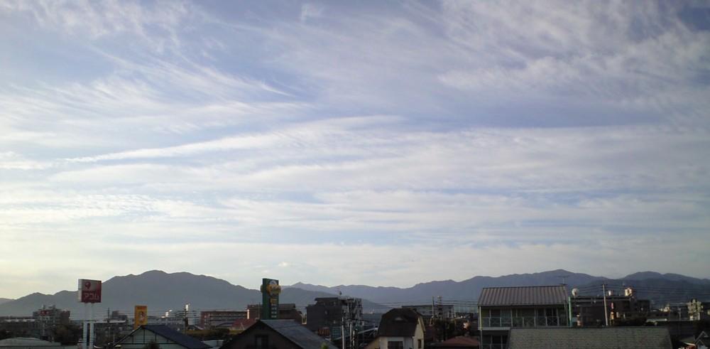 秋の気配!バルコニーからの眺望_d0082356_917266.jpg