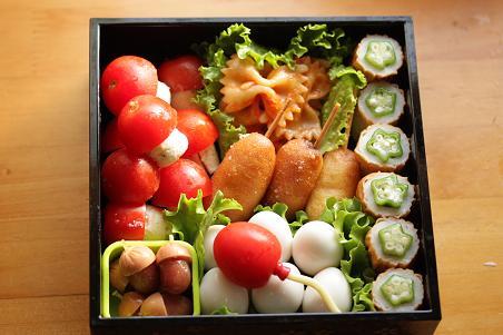 運動会のお弁当 2009 幼稚園_b0165178_7545611.jpg
