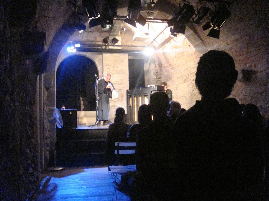 Bern ONO Live !!_e0097491_21331641.jpg