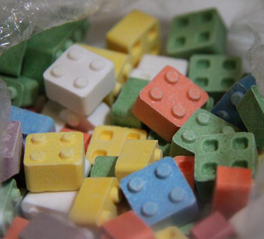 可愛いキャンディー・レゴ (Candy Lego)_b0007805_20495573.jpg