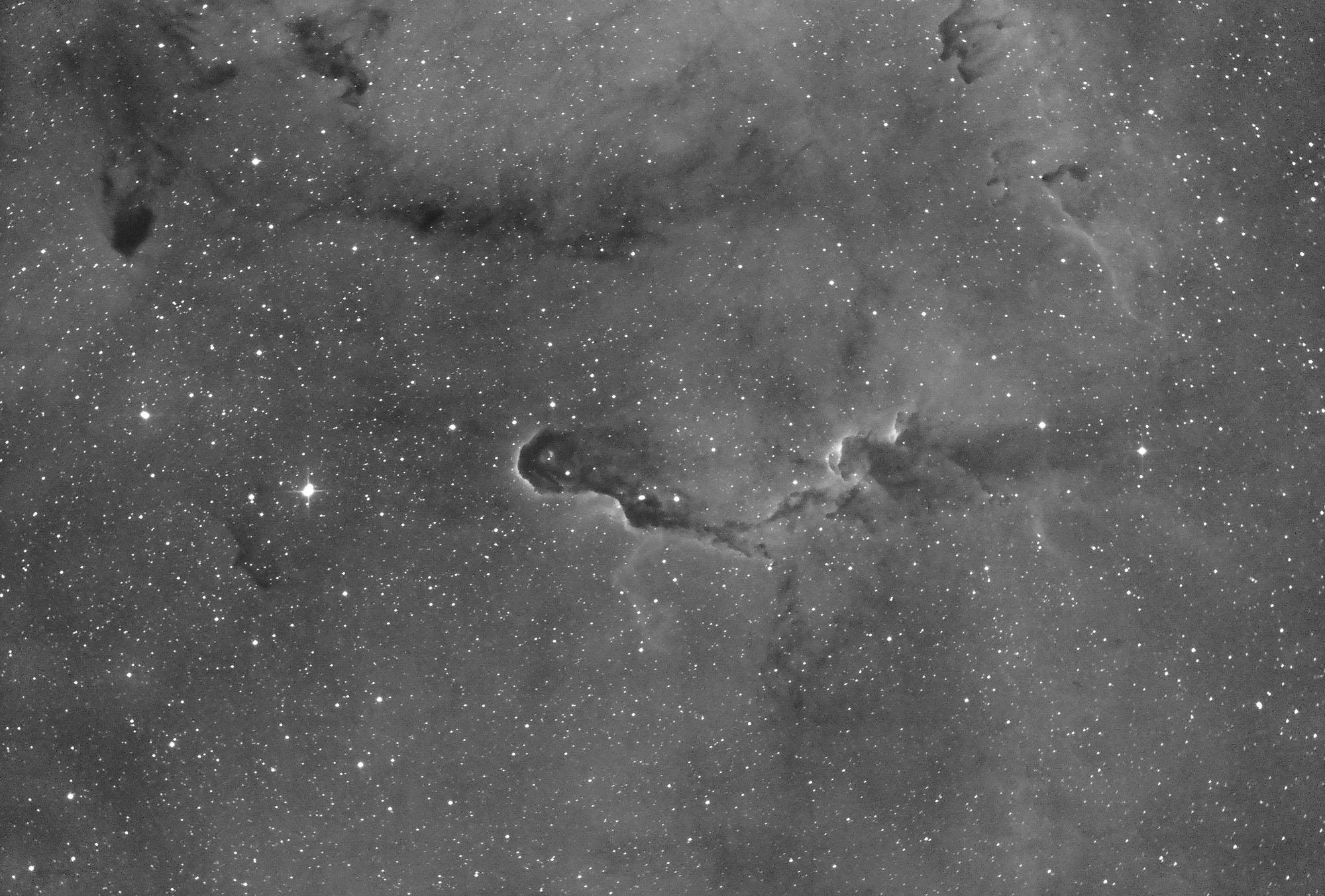 IC1396 中心部付近_c0061727_1321264.jpg