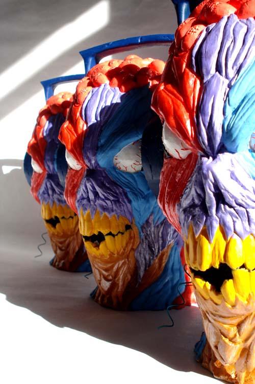 Headbanger Niji statue by Erick Scarecrow._a0077842_8373050.jpg