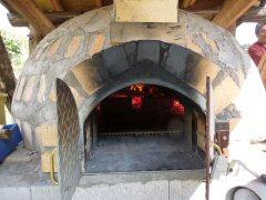 石釜で焼くピザ作り_f0019247_2230434.jpg