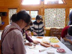 石釜で焼くピザ作り_f0019247_22322079.jpg