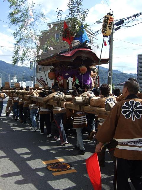 熊野神社秋季例大祭 例大祭の日の昼 新町頂戴出発_b0095061_11361920.jpg