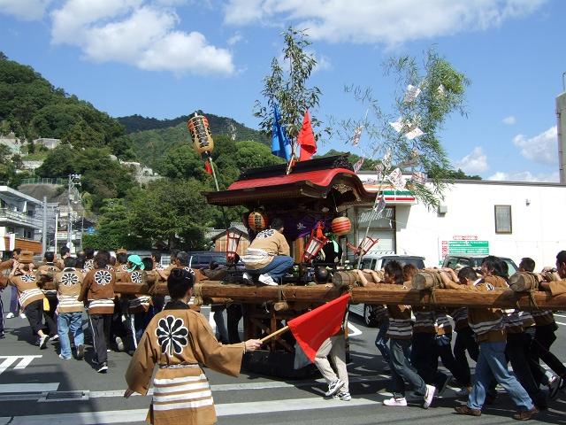 熊野神社秋季例大祭 例大祭の日の昼 新町頂戴出発_b0095061_11365391.jpg