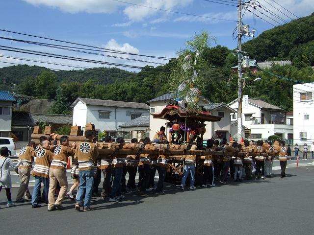 熊野神社秋季例大祭 例大祭の日の昼 新町頂戴出発_b0095061_1142599.jpg