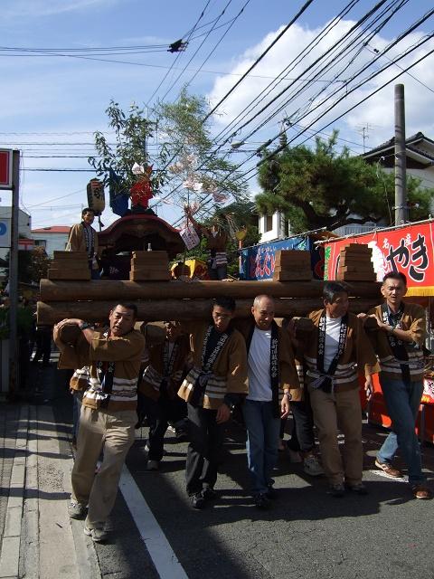 熊野神社秋季例大祭 例大祭の日の昼 新町から、熊野神社へ_b0095061_11471389.jpg