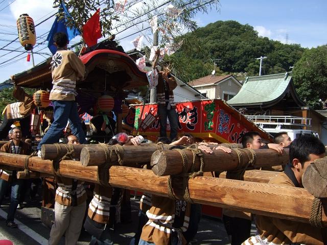 熊野神社秋季例大祭 例大祭の日の昼 新町から、熊野神社へ_b0095061_1150316.jpg